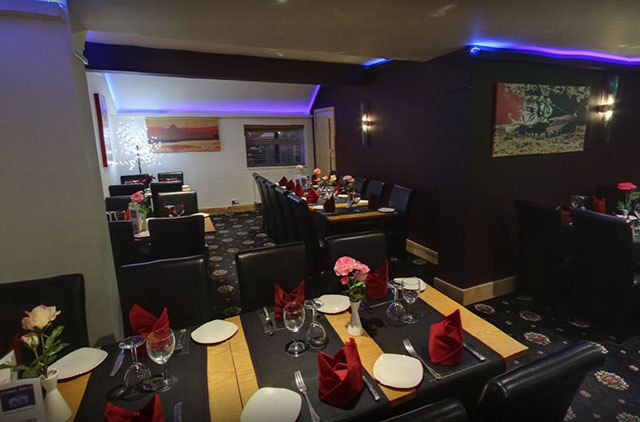 Book your Table at Royal Balti in Telford